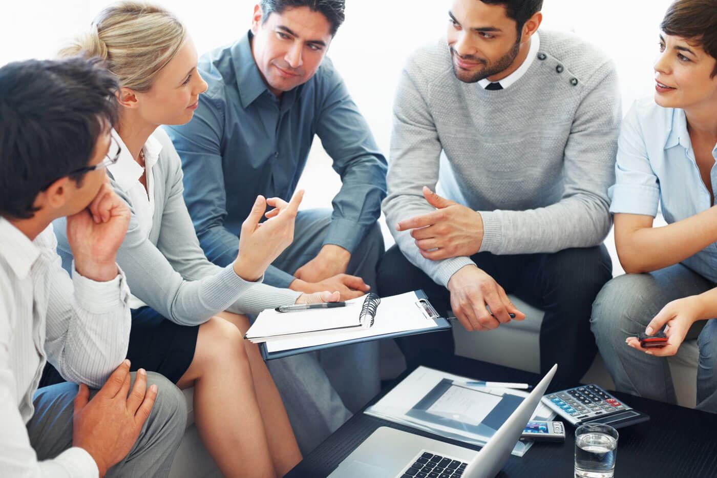 blog-team-discussion